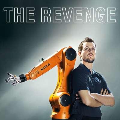 KUKA KR AGILUS robot vs Timo Boll