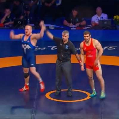 Kyle Snyder wins first wrestling world championship at age nineteen