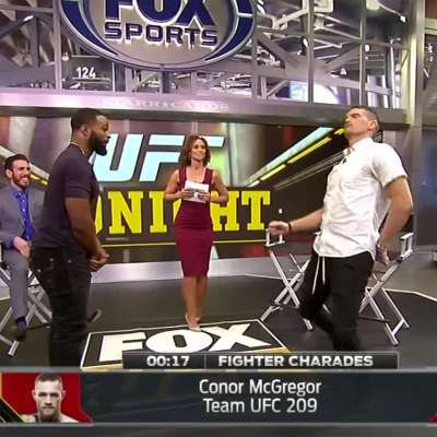 """Tyron Woodley guesses as Stephen """"Wonderboy"""" Thompson imitates Conor McGregor in game of fighter charades"""