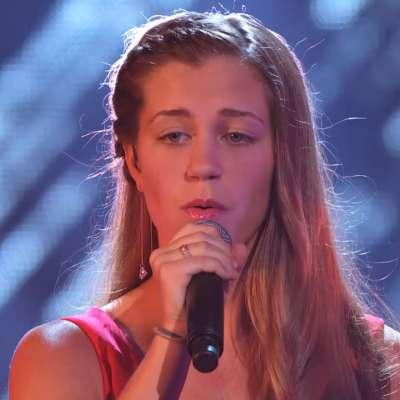 """Julia Goodwin sings on """"America's Got Talent"""""""